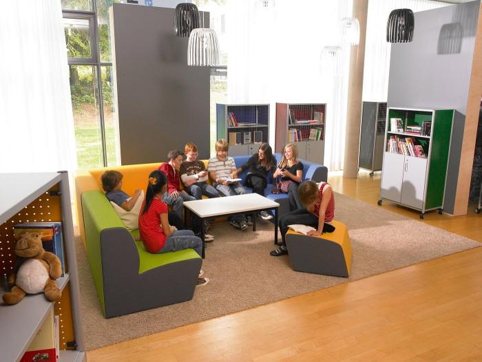 Arredo ed attrezzature per biblioteche giochimpara srl for Arredi per biblioteche